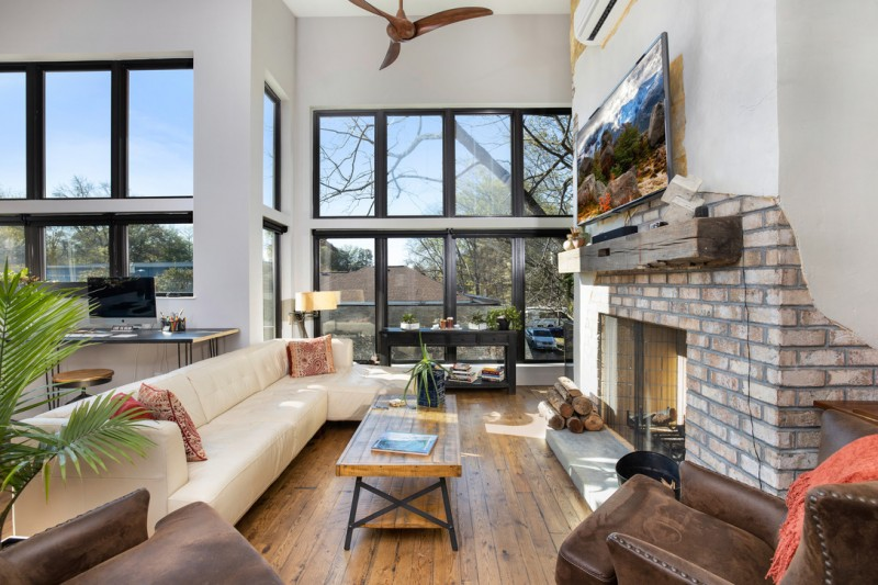 Seigle-Ave-Living-Room