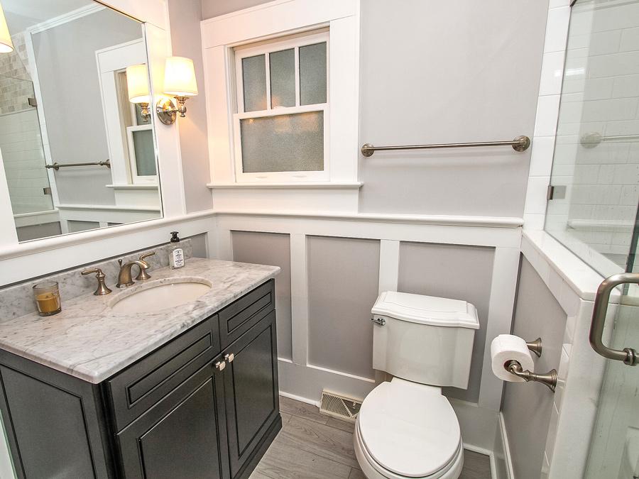 Craig-bathroom9_Plaza Midwood