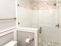 Craig-bathroom8_Plaza Midwood