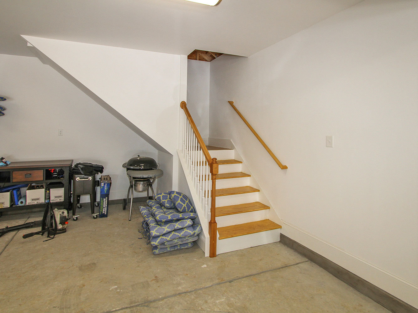 Park-Crossing-Detached-Garage_6272
