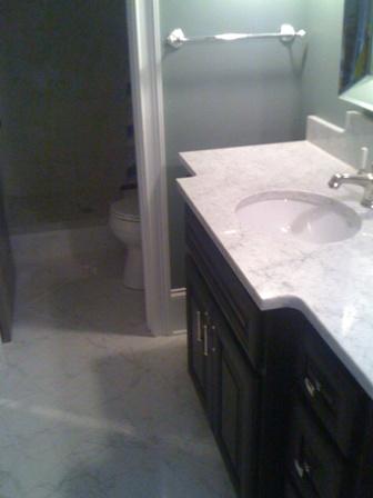 Bretts_Bathroom_Vanity_compressed.163121719_std