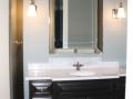 Bretts_Bathroom_compressed.163112101