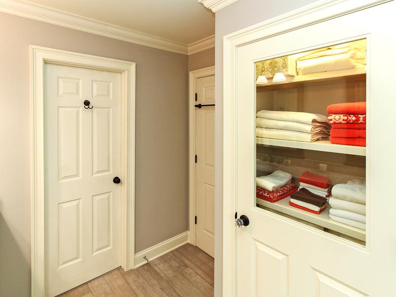 bathroom-linen-closet-