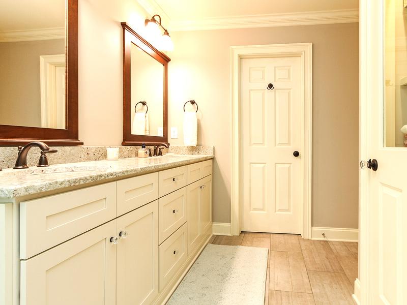 bathroom-view-towards-door