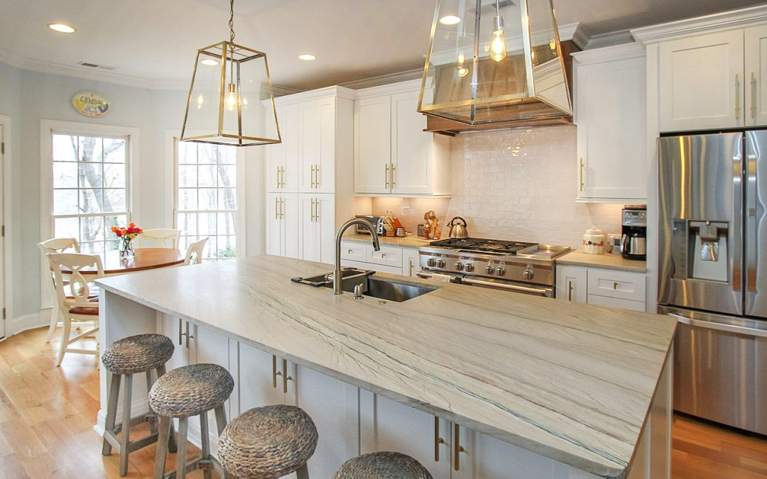 Mountain Island Lake Kitchen